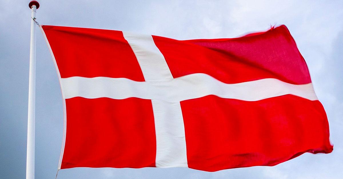 Danska flaggan - Dannebrogen