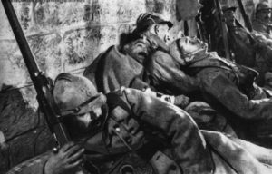 Verdun 1916: Franska soldater i Fort Vaux