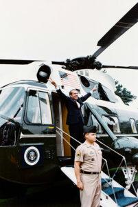 Watergate-skandalen tvingade president Nixon att avgå i förtid.